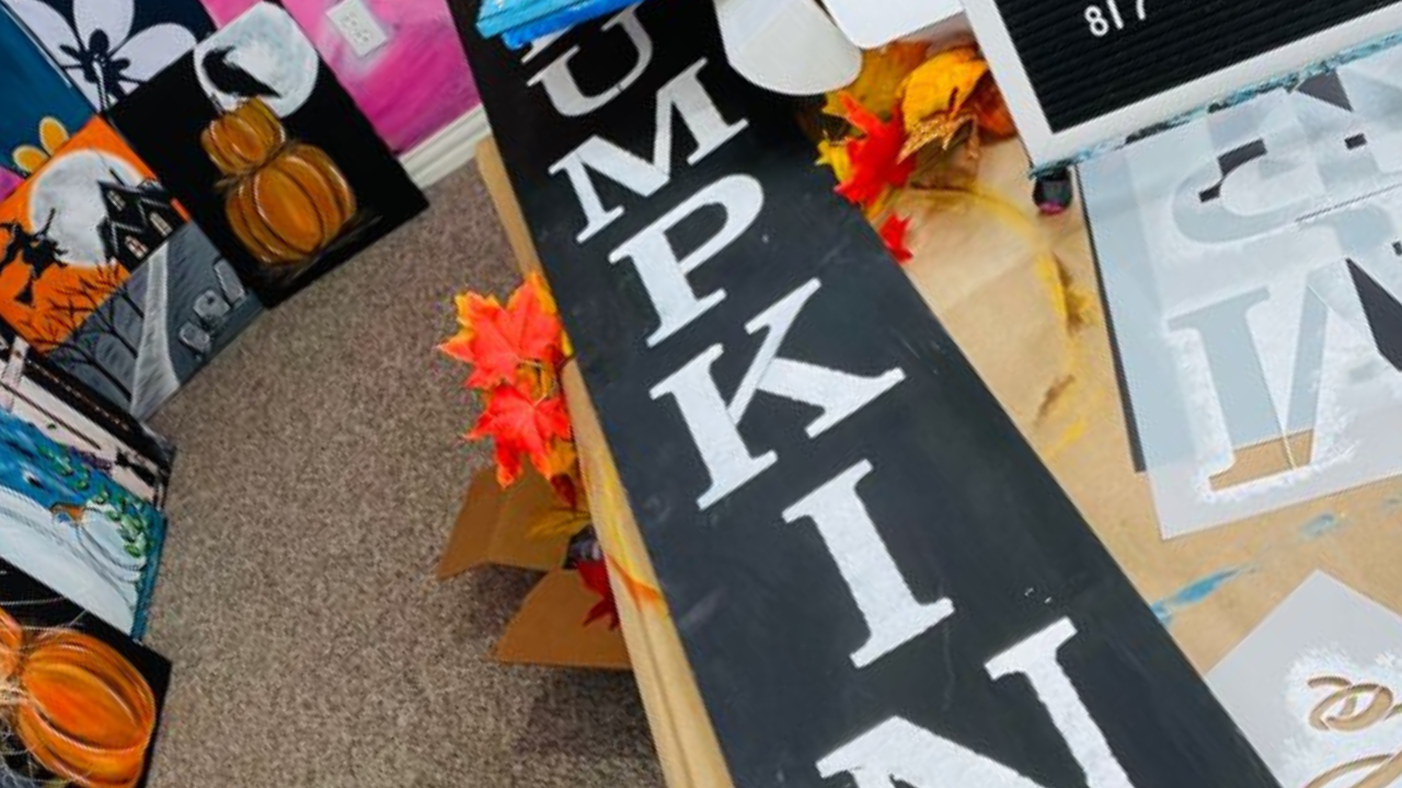 """Simple and Fun DIY   How to Paint """"Hello Pumpkin"""" Porch Sign Using Stencils"""